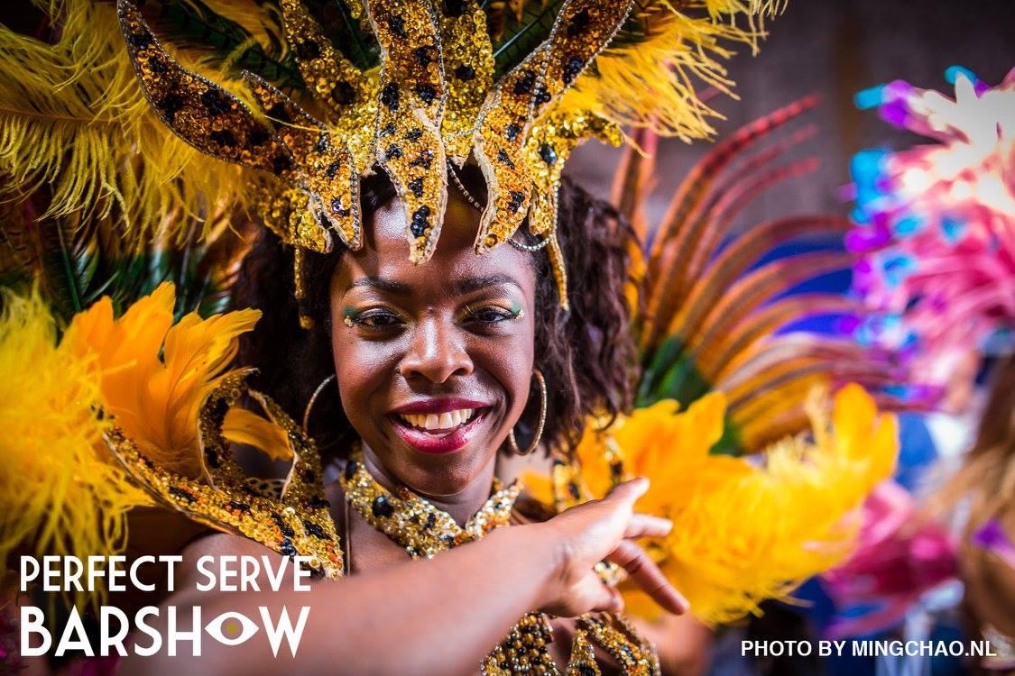 Samba danseressen bij de Perfect Barshow