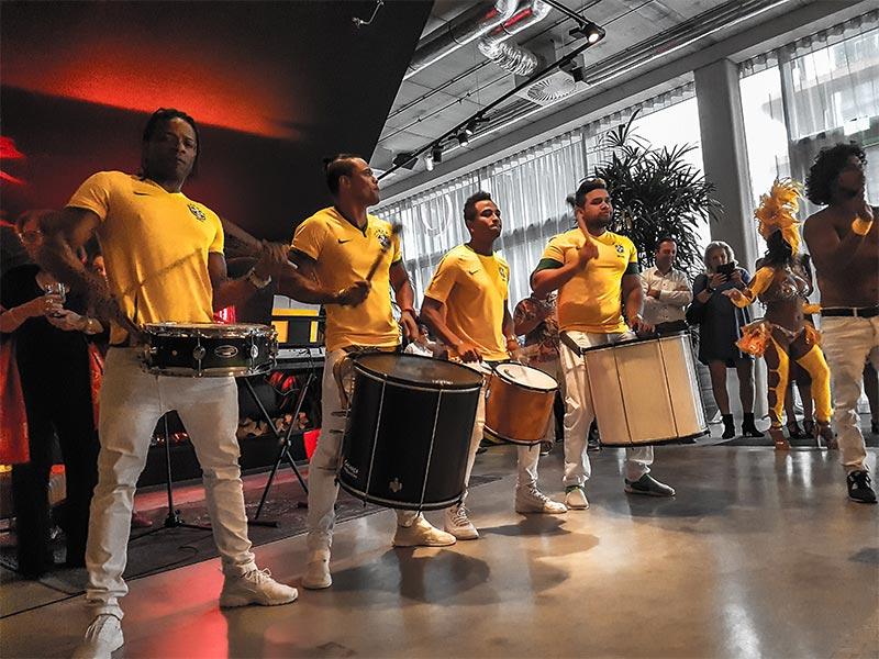 Braziliaanse batucada band huren